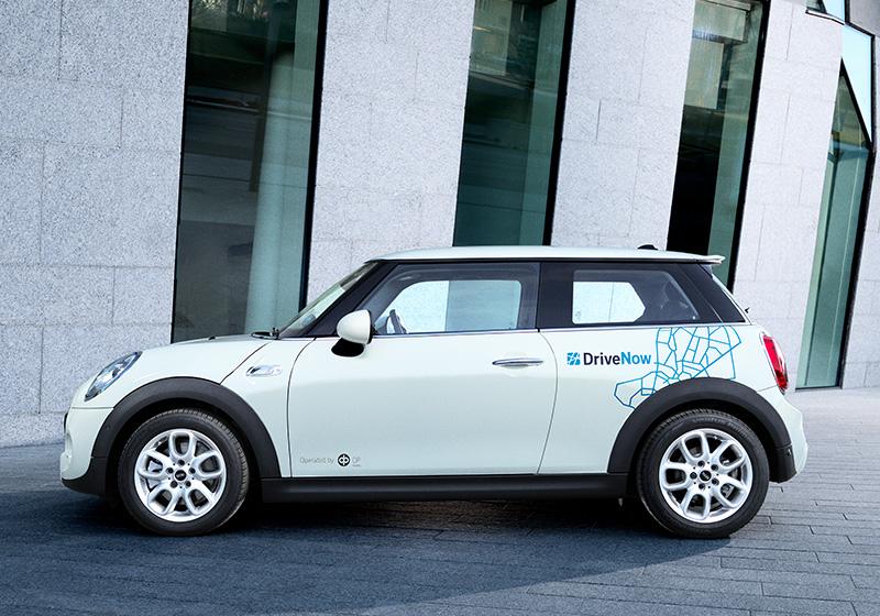Mini Cooper Car >> Vuokraa Mini Cooper 3 Ovinen Drivenow Palvelusta