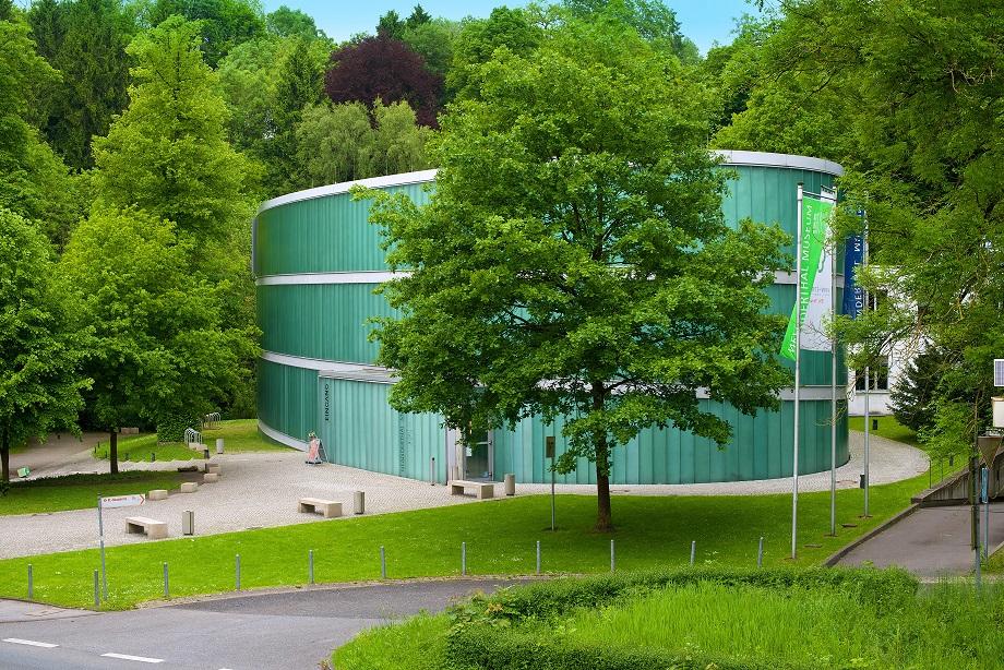 Ausflug Düsseldorf mit DriveNow Carsharing ins Neanderthalmuseum