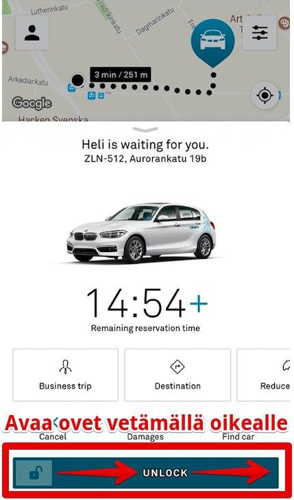 Avaa DriveNow-auton ovet.
