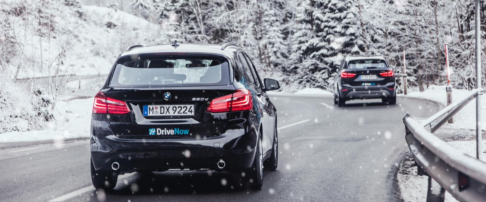 drivenow_munich_bmw_2series_x1_driving_winter_snow