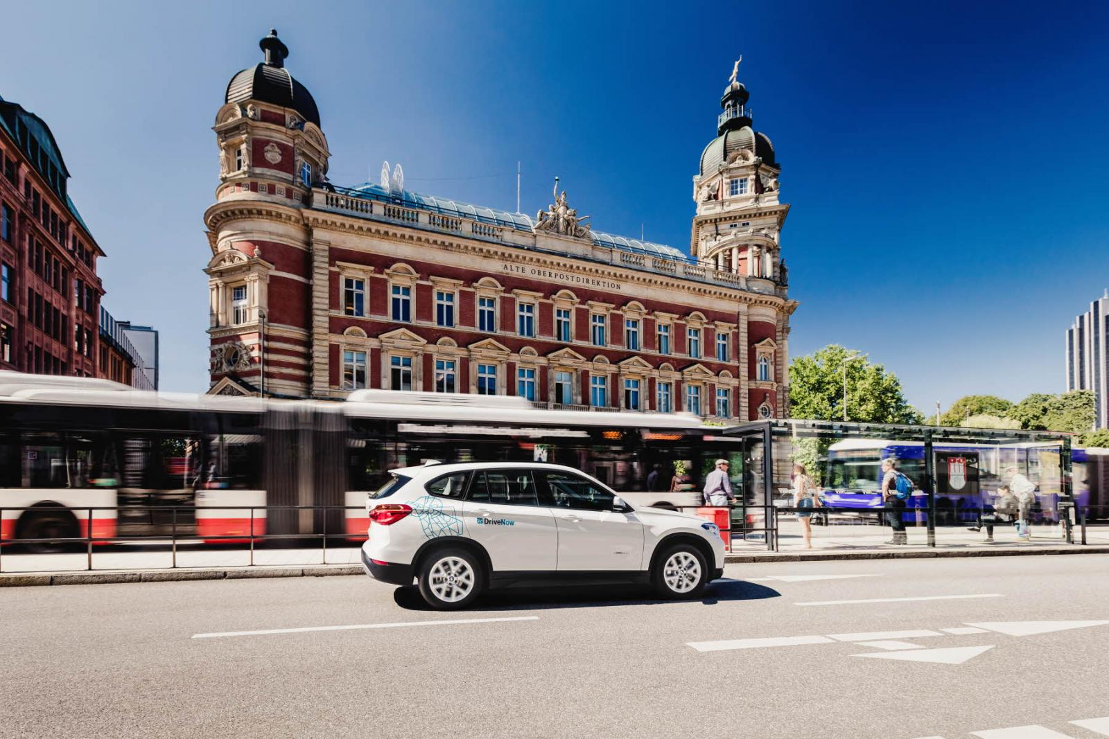 DriveNow_Hamburg_BMW_NEW_X1_02