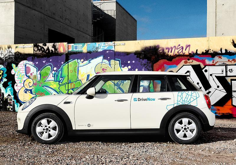 drivenow_carsharing_helsinki_cars-overview-mini-5door_0