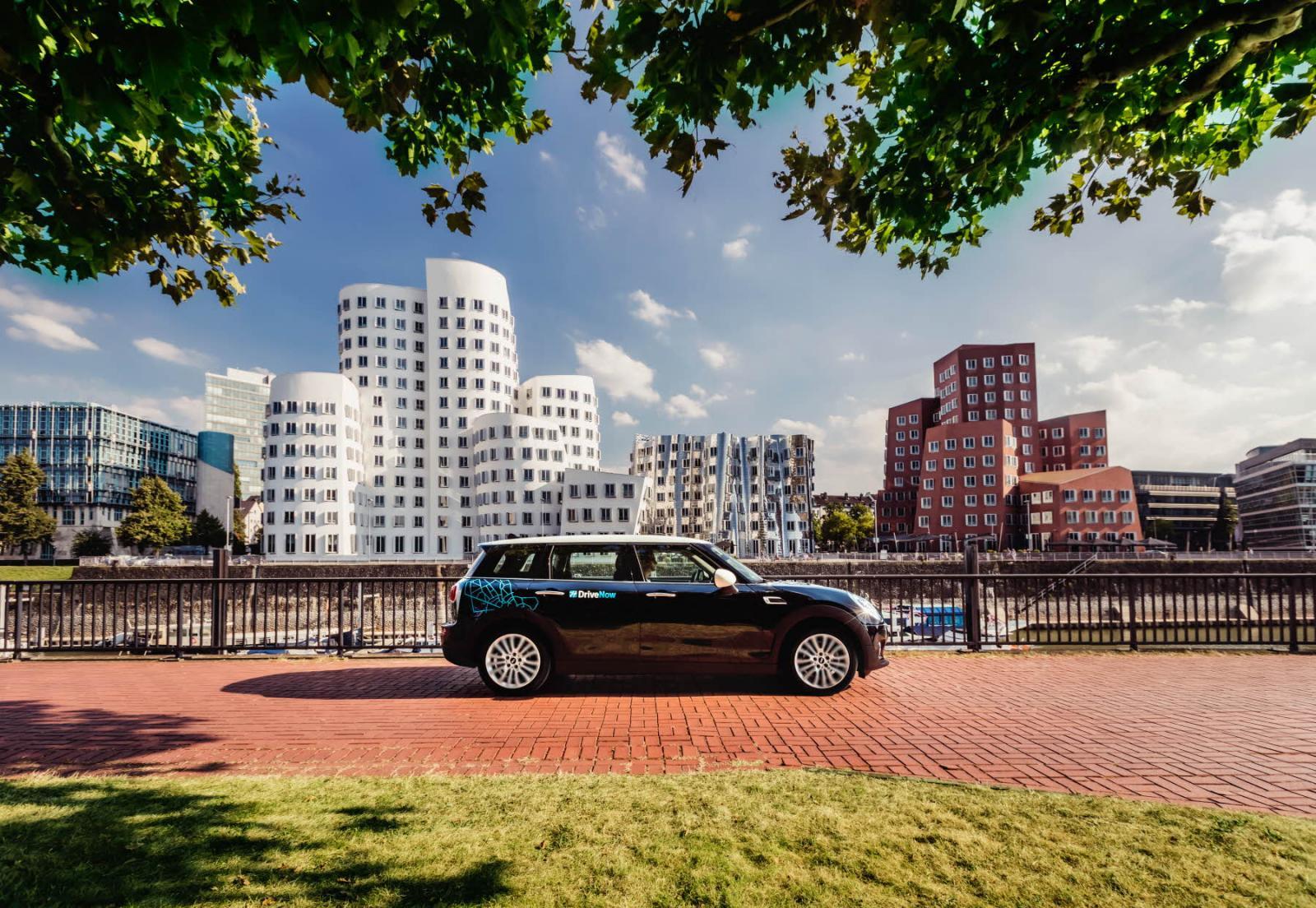 DriveNow_Dusseldorf_MINI_Clubman