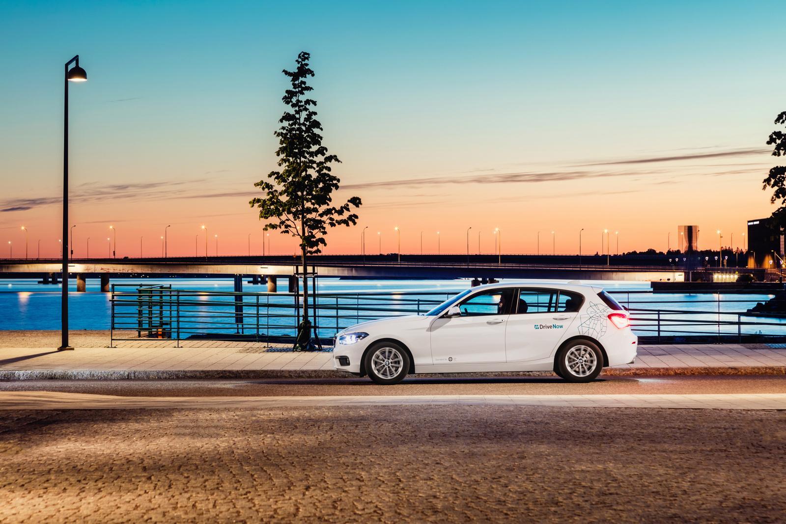 DriveNow_Helsinki_BMW_Driving_02-002