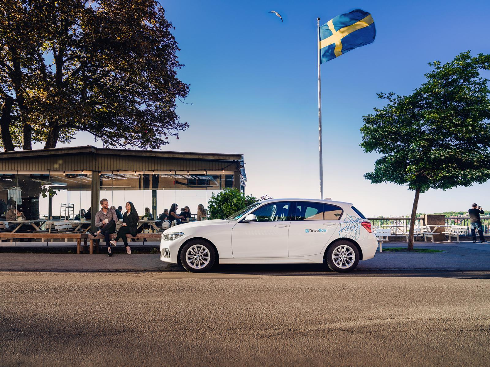 DriveNow_Stockholm_BMW_1Series_Cafe_sized