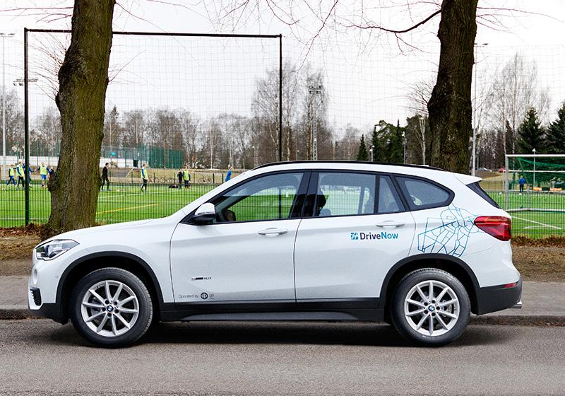 DriveNow_carsharing_helsinki_cars-overview-bmw-x1