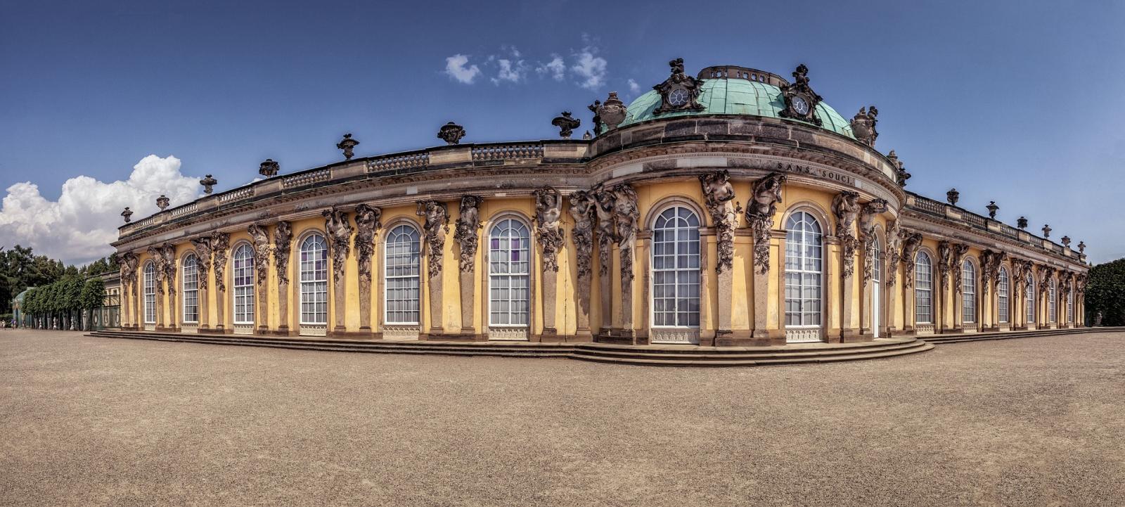 berlin-1494417_1920