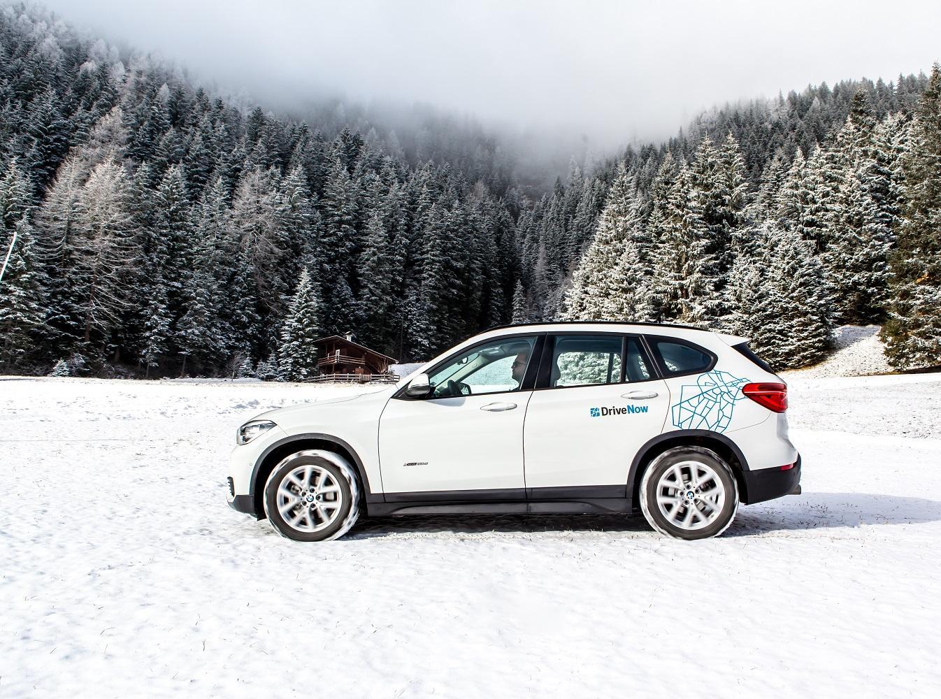drivenow_bmw_x1_winter_driving_1