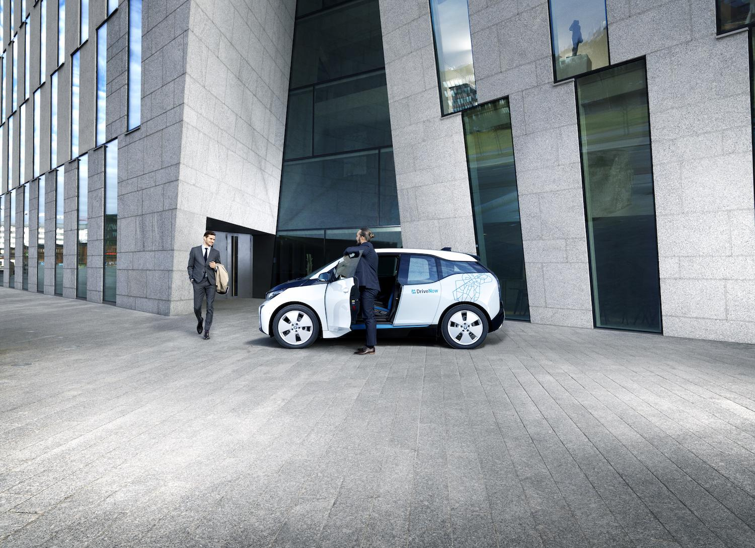 drivenow_helsinki_bmw_i3_business