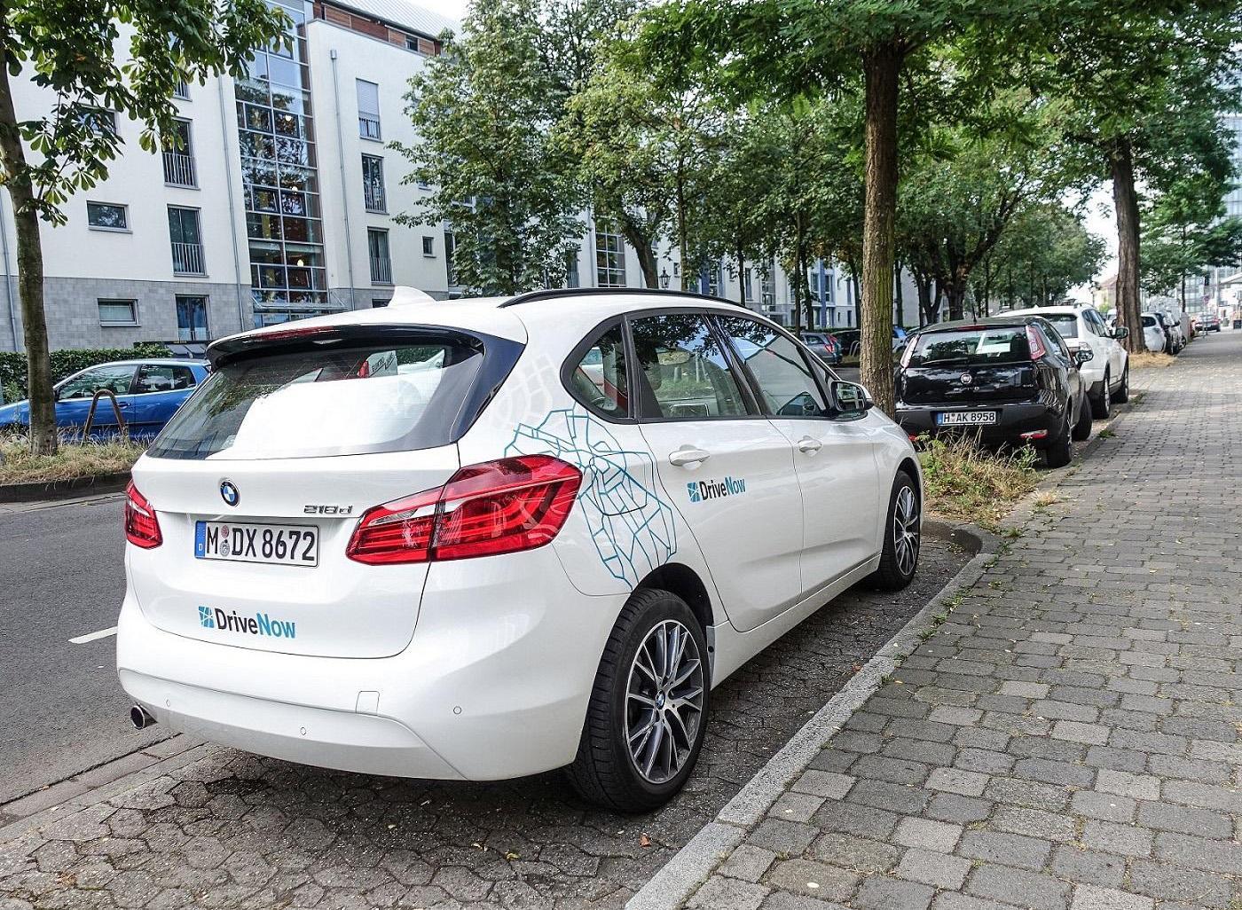 parking_300x220